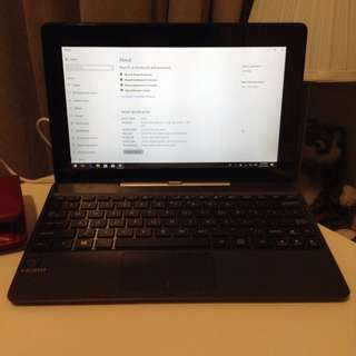 Asus Transformer TA100A 2-in-1 Laptop/ Tablet