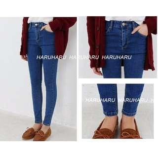 二手轉賣 haruharu 正韓 韓國製🇰🇷 中高腰素面顯瘦窄管牛仔褲 現貨