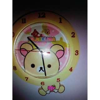 Rilakuma wall swing clock