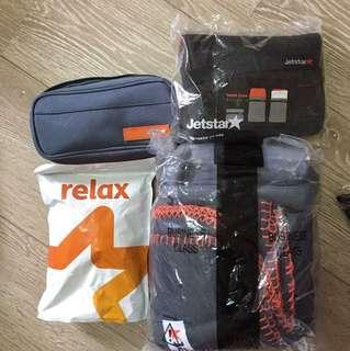 Blanket and amenity kit (Jetstar)