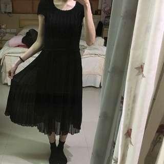 裙擺非常美洋裝