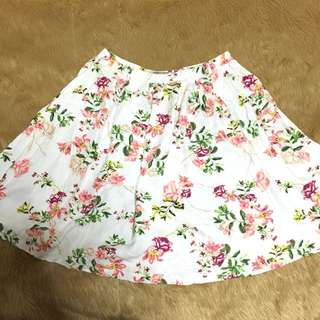 Forever 21 Cream White Floral Skirt
