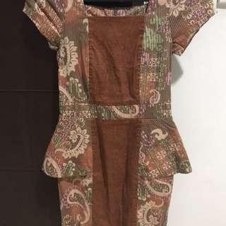 Peplum batik dress