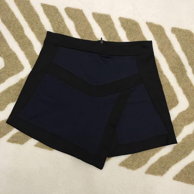 轉售 Pullandbear 深藍 幾何拼塊 褲裙 短褲