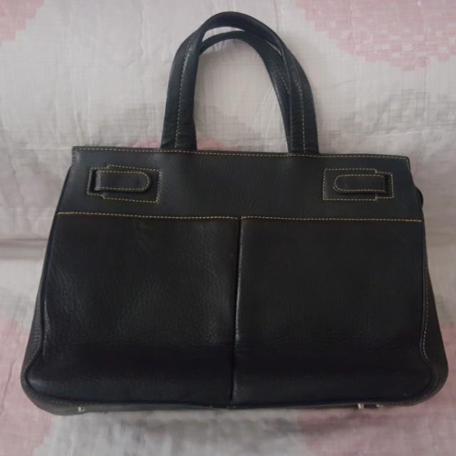 ⚜️Sisterette s⚜ Sisley Handbag b2bb870fe3885