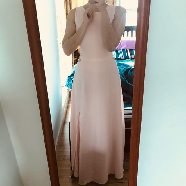 🆕 The Closet Lover TCL side cutout maxi dress