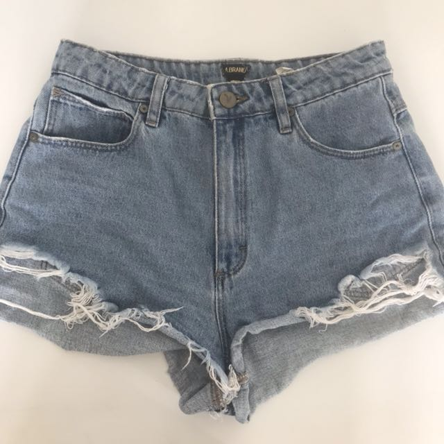 A brand High Relaxed Shorts