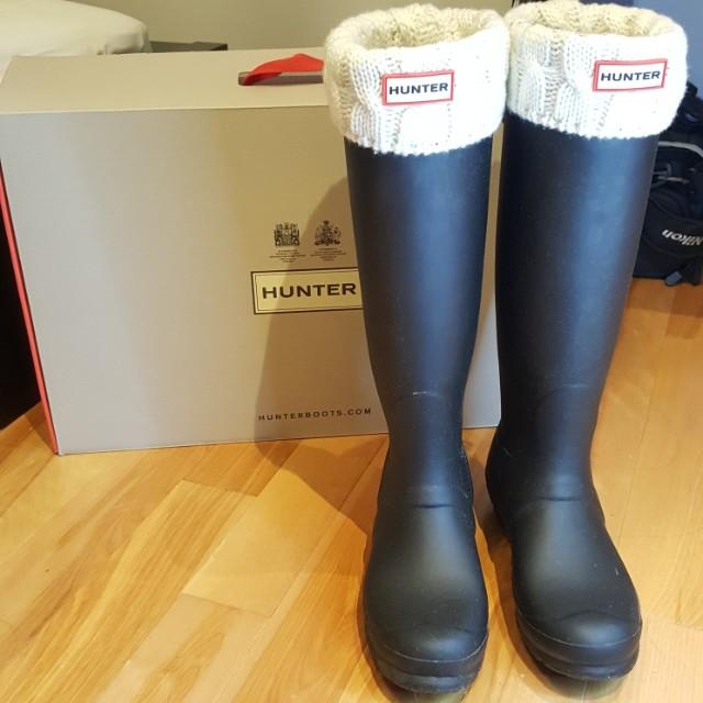 Black Hunter Boots + FREE Socks