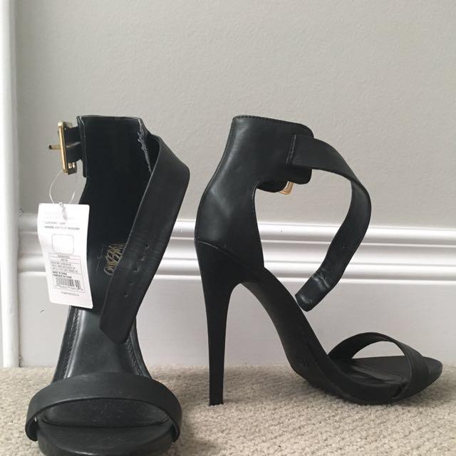 Black Massimo Heals Size 8