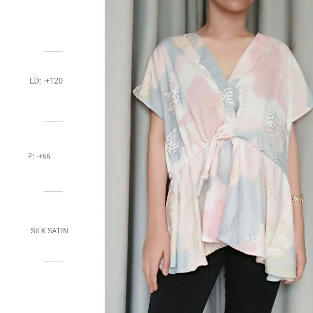 Blouse Abstract