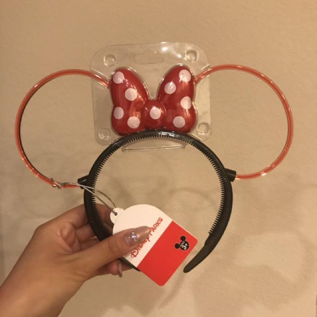 BNWT Disney Light Up Minnie Ears/Headband