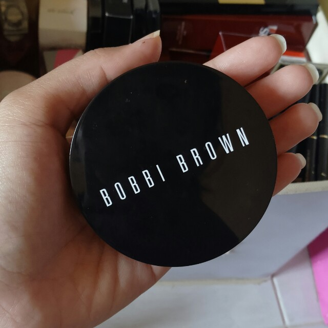 Bobbi brown compact foundation