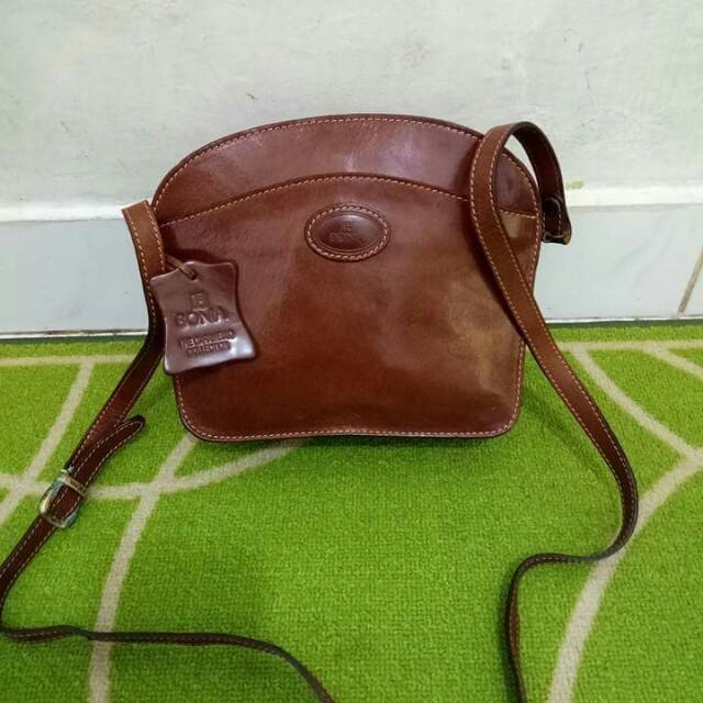 Bonia sling bag auth