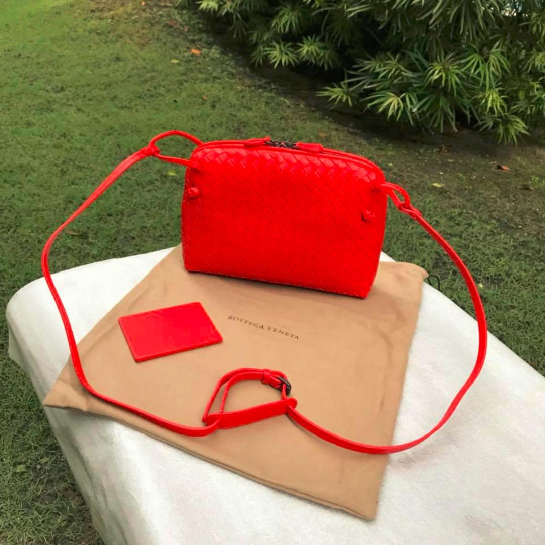 3f714f7d49e0 Bottega CNY SALE !!  Bottega Veneta Intrecciato Nappa Leather Nodini ...