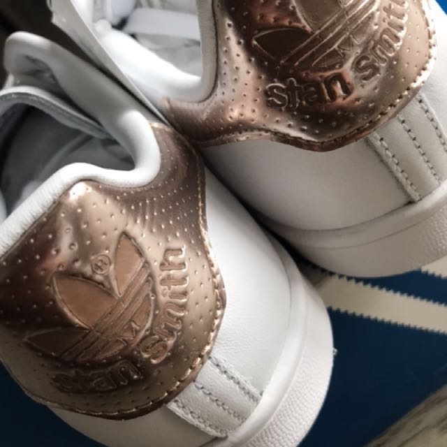 Brand New**adidas Stan Smith Rose gold US7.5