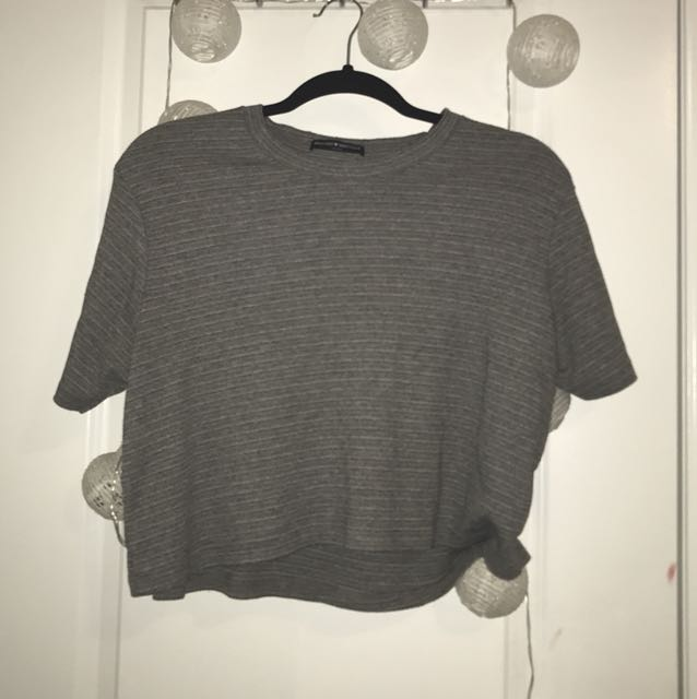 brandy melville • ribbed tee
