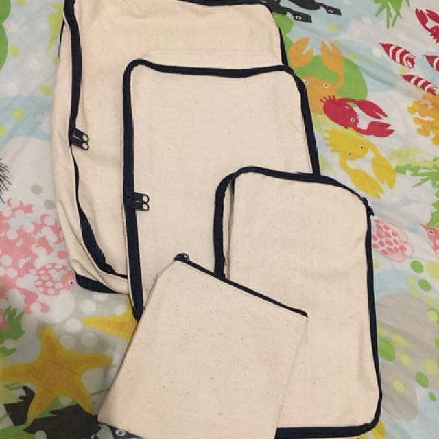Canvass travel pouch (set)