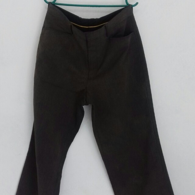 Celana panjang pria merk jobb
