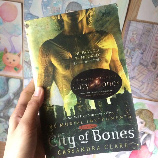 City of Bones (Book1) by Cassandra Clare