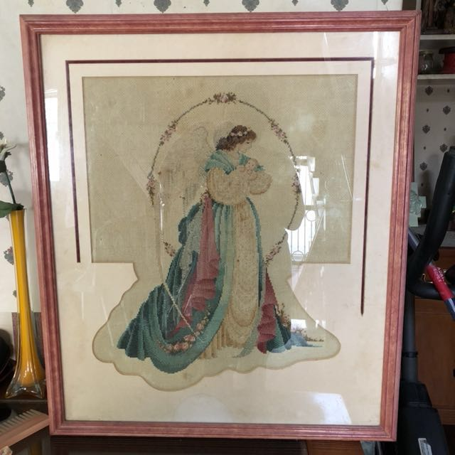 Cross stitch Angel with frame