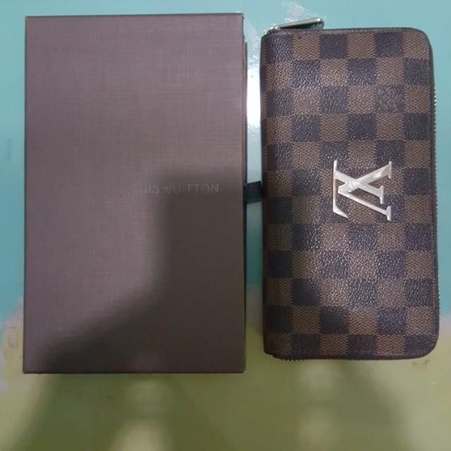 Dompet LV Include Box