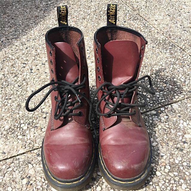 Dr Martens Cherry Red Smooth 1460
