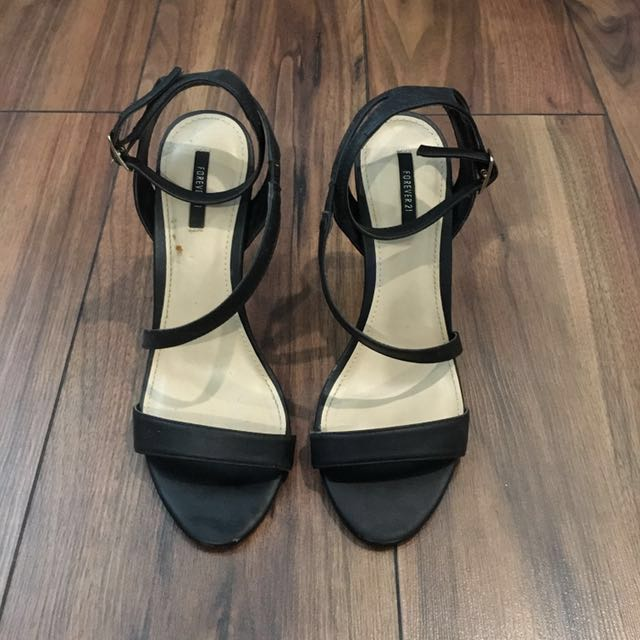 45e571f8ed Forever 21 Black Leather Heels, Women's Fashion, Shoes on Carousell