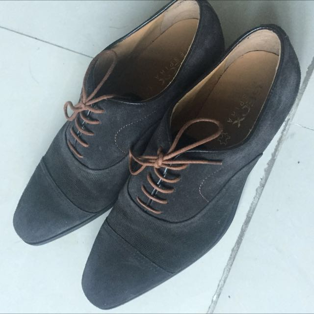 Geox Shoes Size 9