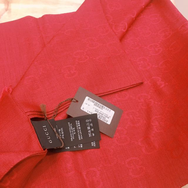 全新正紅色Gucci圍巾