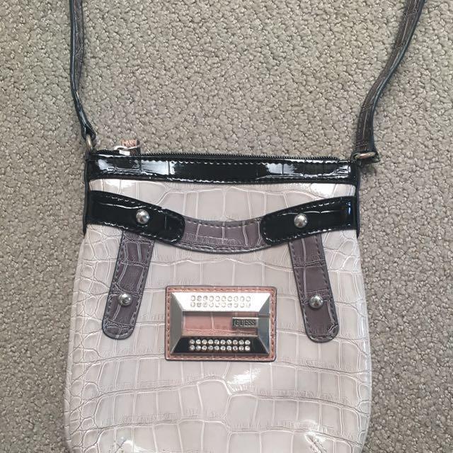 Guess Shoulder/ Side Bag