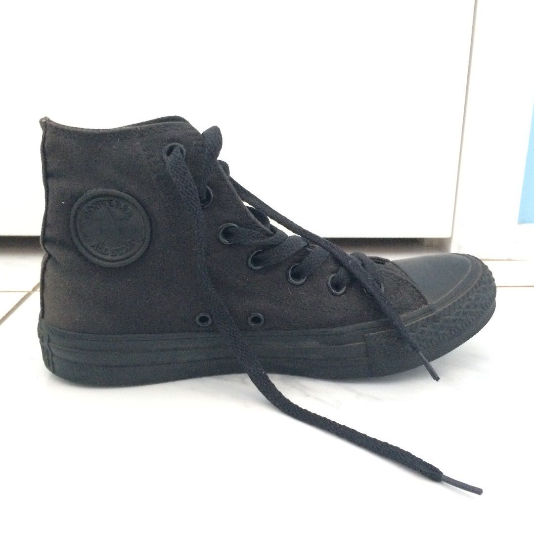 High top converse - black