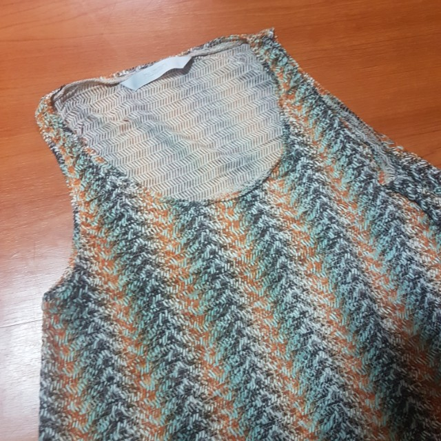 HUMAN knitted top
