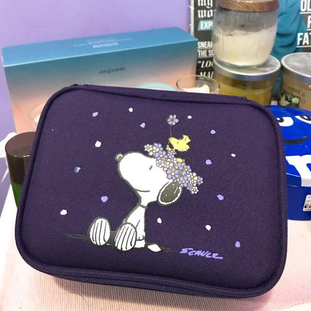 Innisfree X Snoopy 化妝包