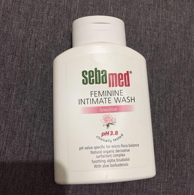 Jual murah SEBAMED Feminine Intimate Wash