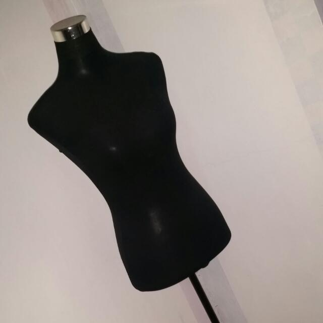 Mannequin with Metal Stand (Black)