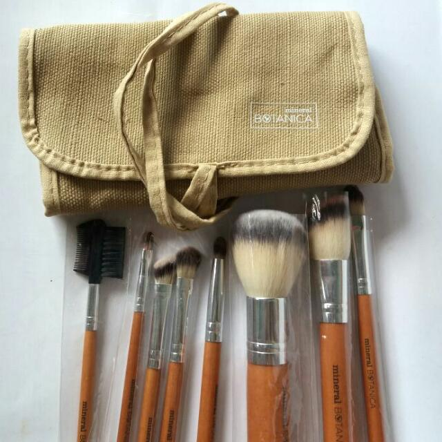 Mineral Botanica Brush Kit/Set