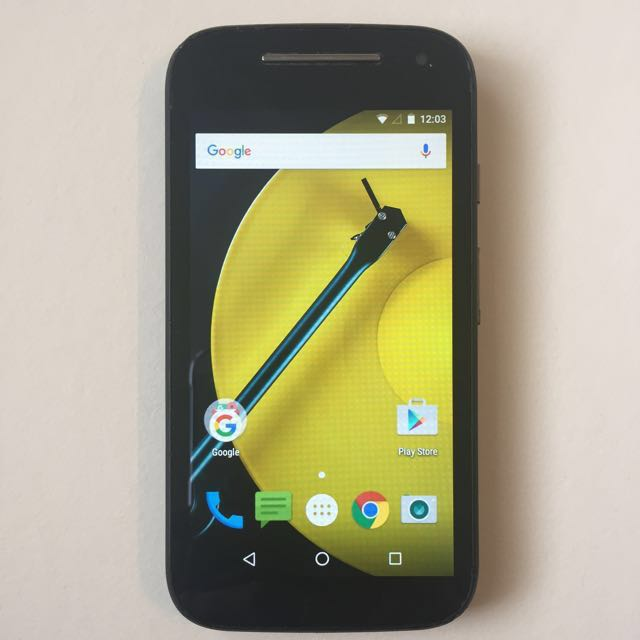 Motorola Moto E2 ROGERS with 4G 8gb + 1gb RAM