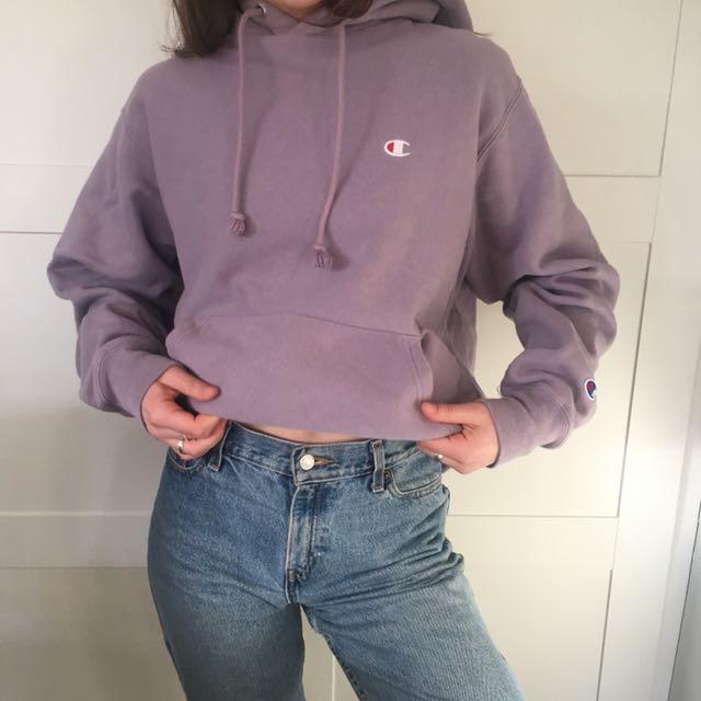 New champion women's m sweater