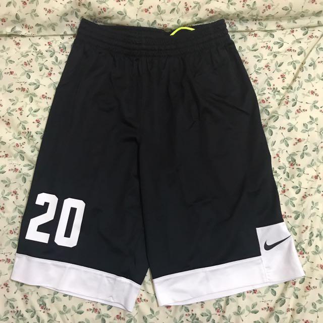 Nike燙字20號球褲