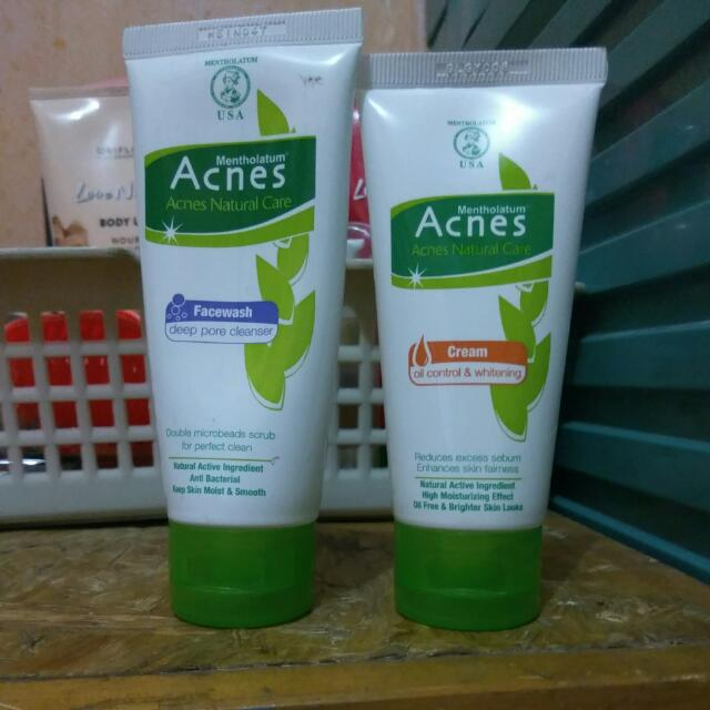 Paket Acnes Face Wash & Cream