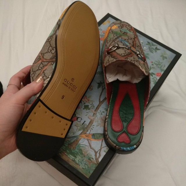 8a50dfc38368 Authentic GUCCI Princetown  Floral Print Mule Loafer