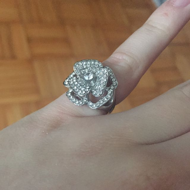 Real Silver Rose Diamond Ring size 7