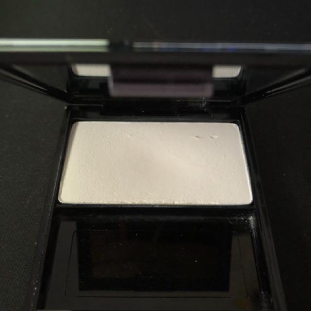 Shiseido - Luminizing Satin WT905
