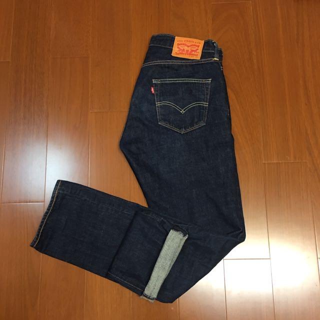 (size 32/34) Levi's 經典501赤耳排扣牛仔褲