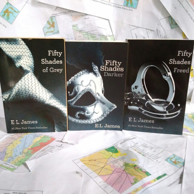 Trilogy Fifty Shades of Grey - E. L. James