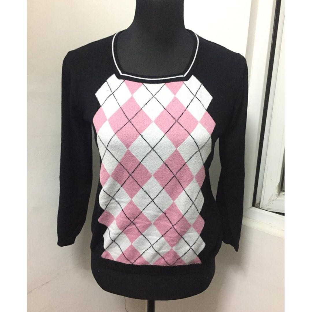 Unbranded knit top