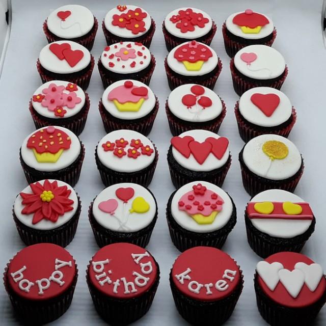valentine's themed cupcakes