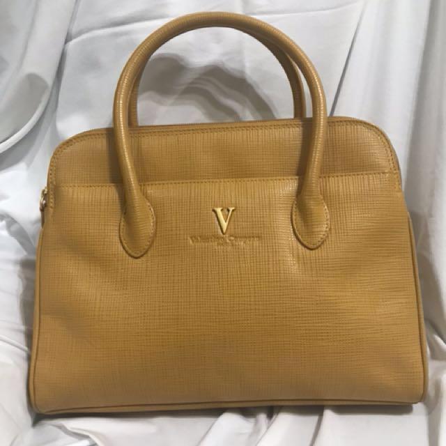 Valentino包只有一個