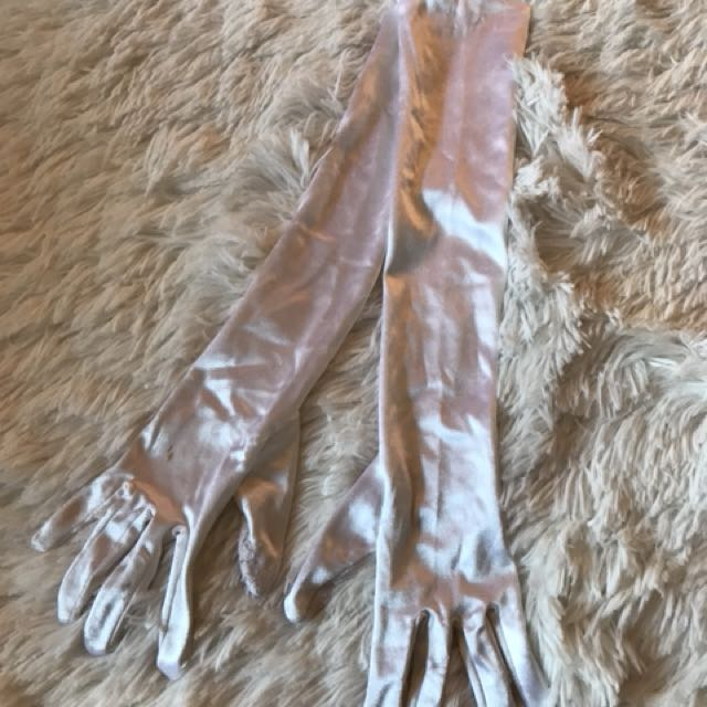 White Silk gloves (deb gloves)