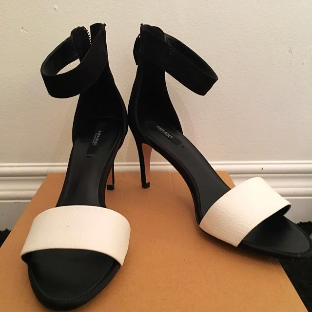 Zara Black And White Heels Size 9